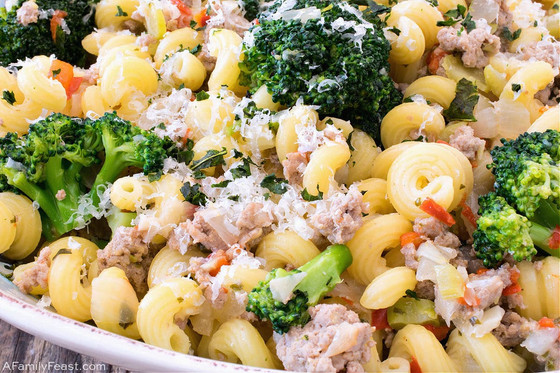 Ground Turkey and Broccoli Pasta