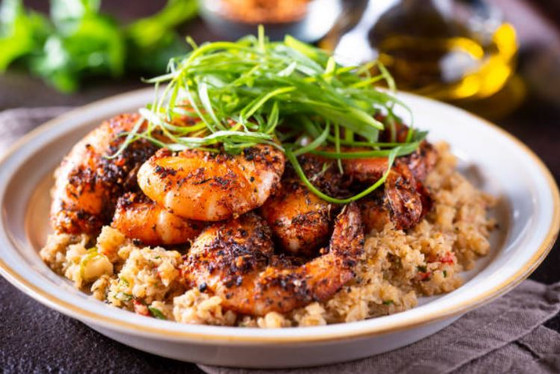 Spicy Shrimp Over Creamy Spinach Cauliflower Rice