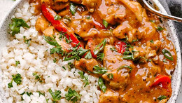 Easy, One-Pot Coconut Thai Chicken Curry