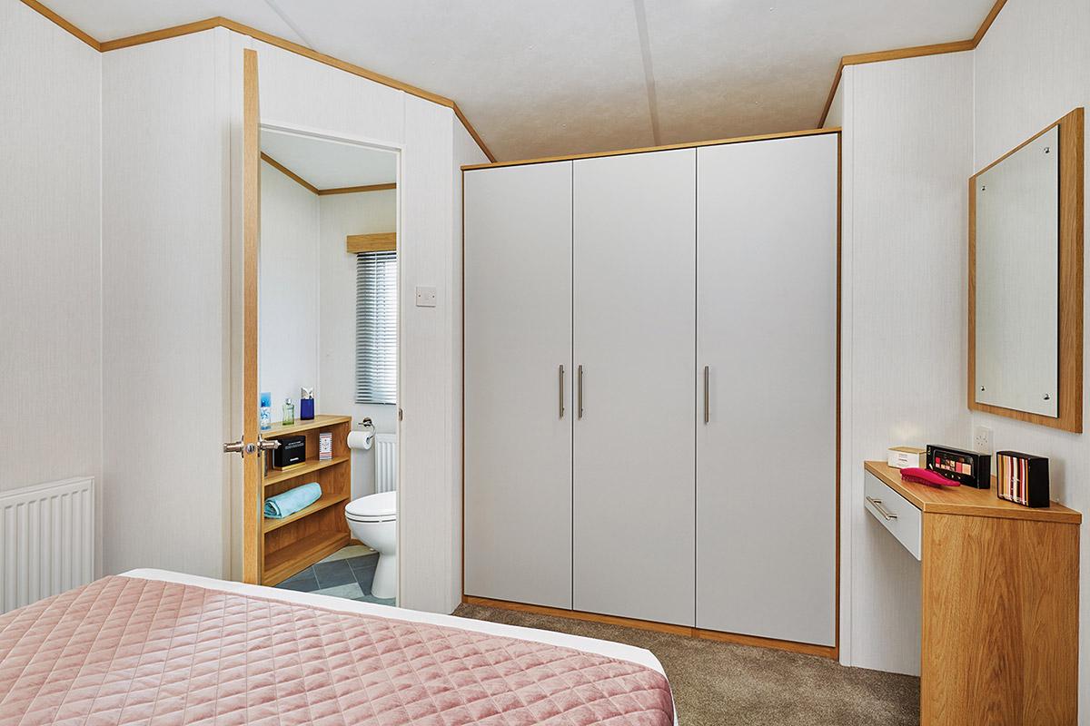 Silverdale Bedroom2