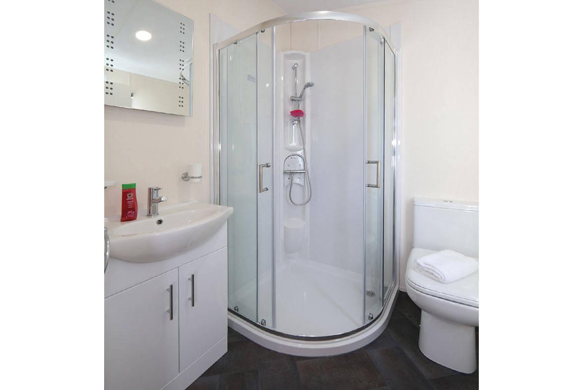 stratford-twin-unit-shower-2-1181x787