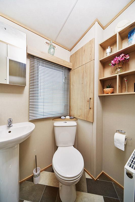 Ashdale Bathroom2