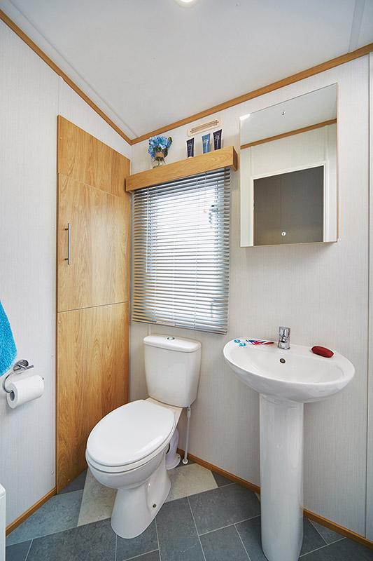 Silverdale Bathroom2