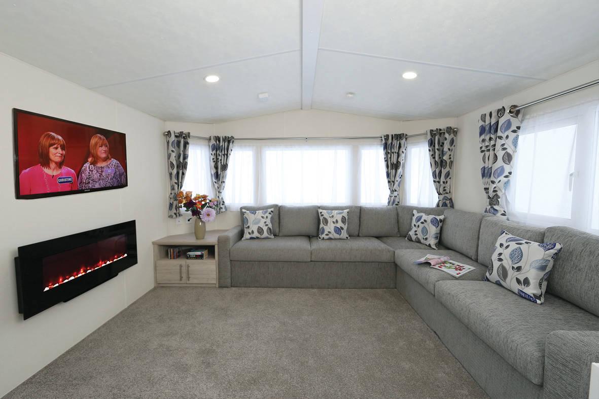 sienna-caravan-lounge-2-1181x787
