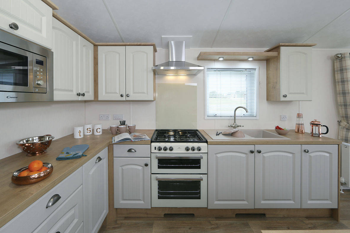 countryside-lodge-kitchen-2-1181x787