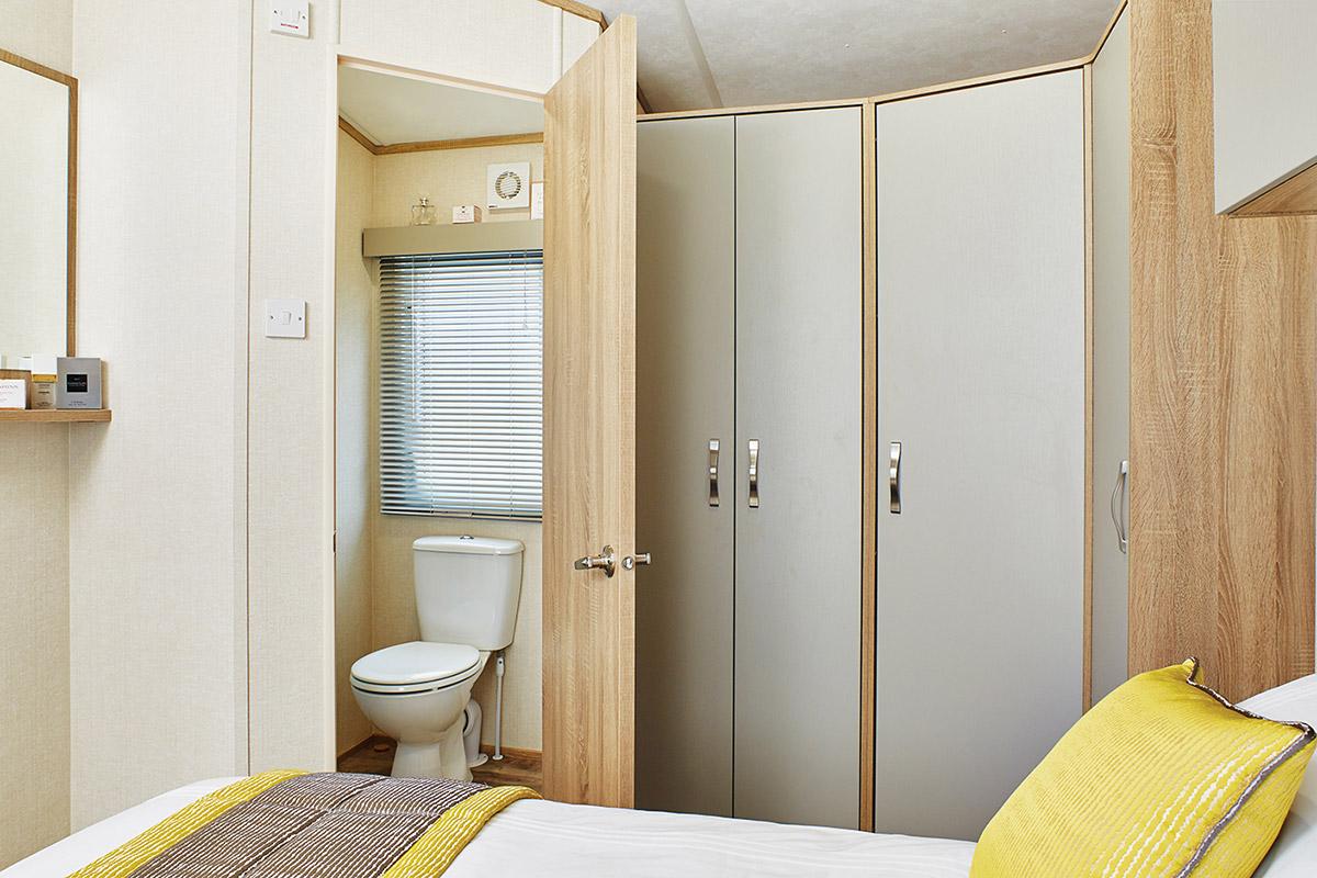Oakdale Bedroom4