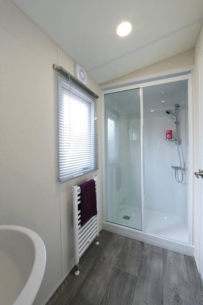 sienna-caravan-shower-787x1181