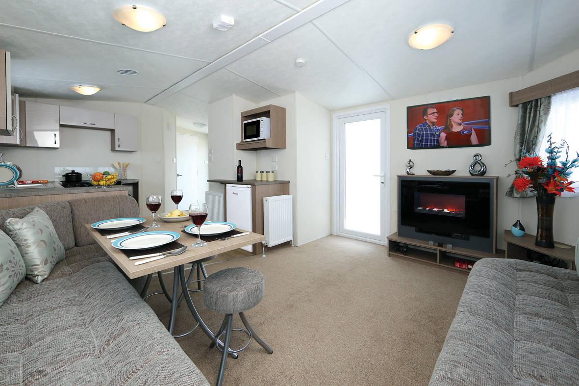 bromley-caravan-lounge-1-1181x787