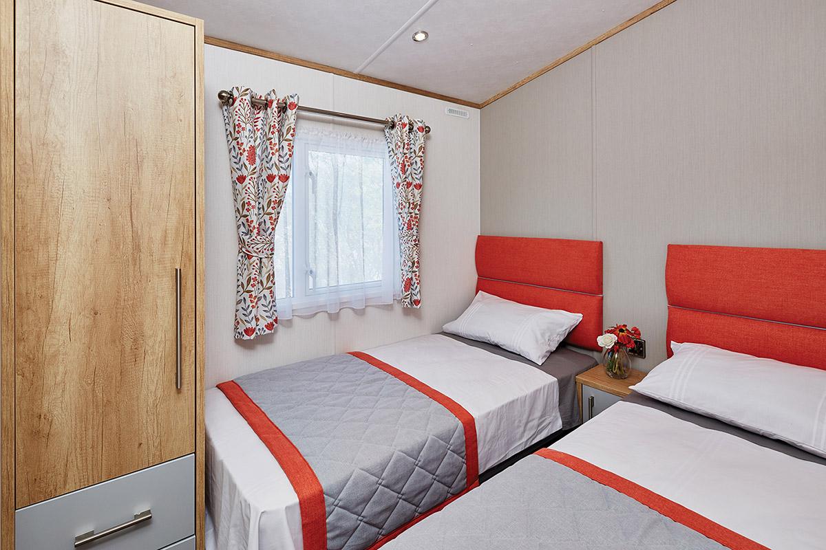 Glenmore Lodge Bedroom
