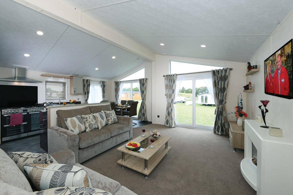 stratford-twin-unit-lounge-4-1181x787