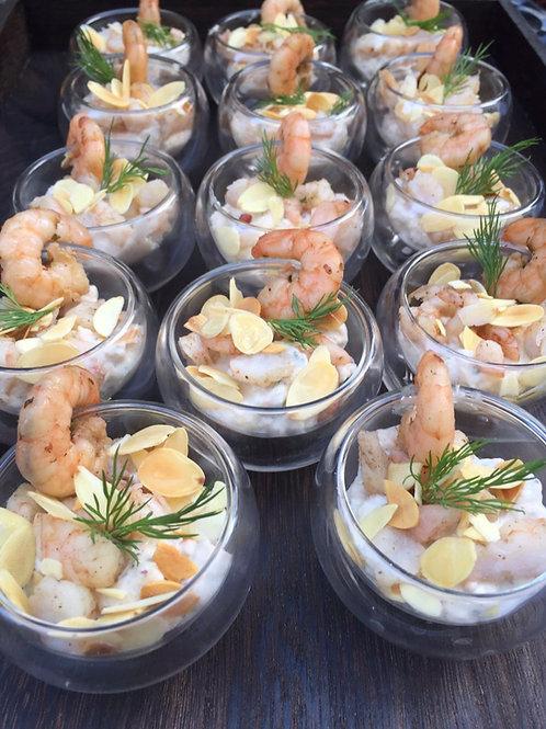 Salade pomme verte, crevettes, amandes grillées et sa sauce au yaourt - 5 pièces