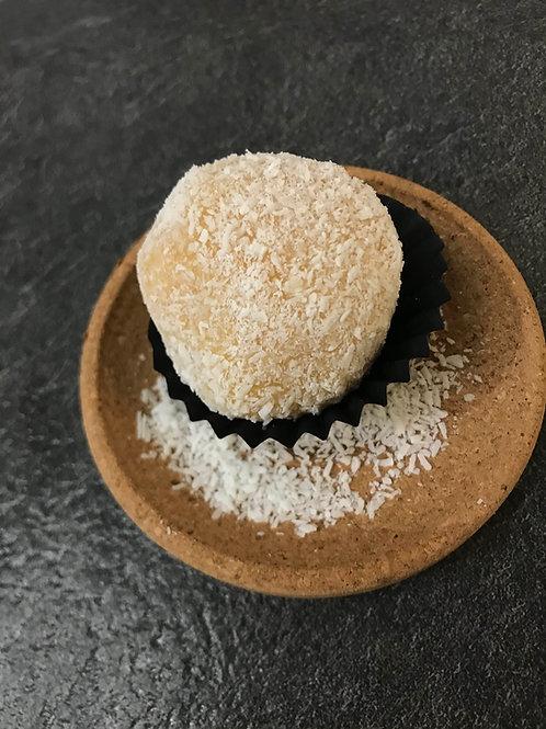 Beijinho : truffette à la noix de coco. Vente à l'unité