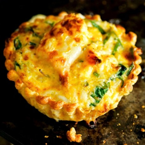 Tartelette au crabe gratinée (tortinha croquante de siri) - 10 pièces