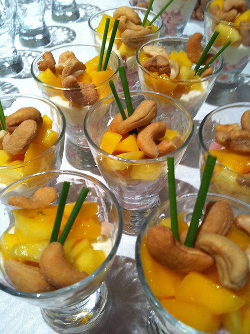 Verrine tropicale : poulet fumé, mangue et noix de cajou  - 5 pièces