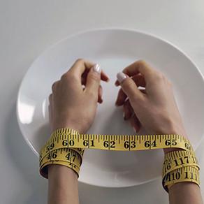 Programa online eficaz na prevenção de transtornos alimentares mostrou também outros efeitos