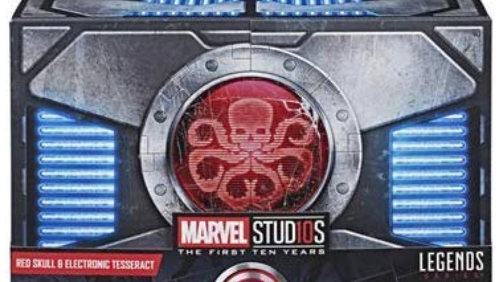 SDCC 2018 Excl. Marvel Legends Series Red Skull Figure & Electronic Tesseract