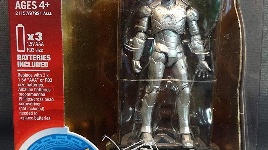 2009 Hasbro Iron Man Mark II Hall Of Armor Collection