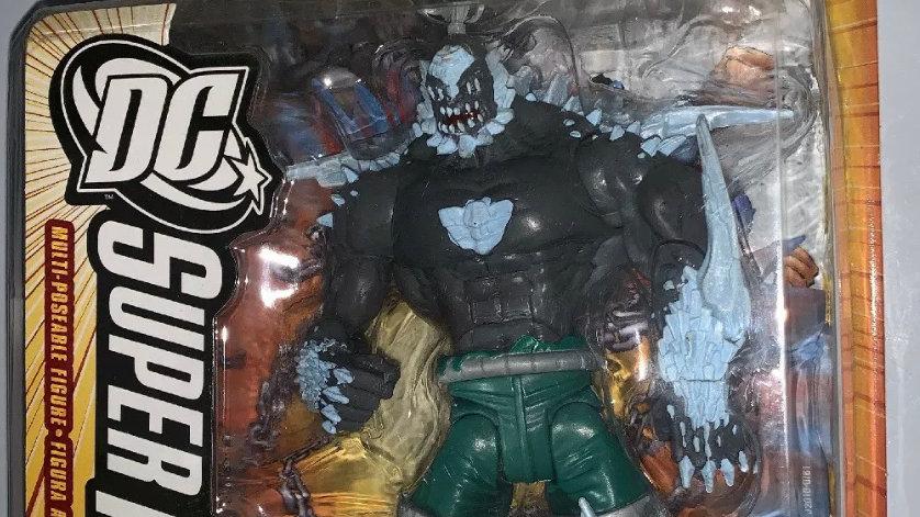 Mattel DC Super Heroes Superman the Man of Steel Doomsday Action Figure Comic