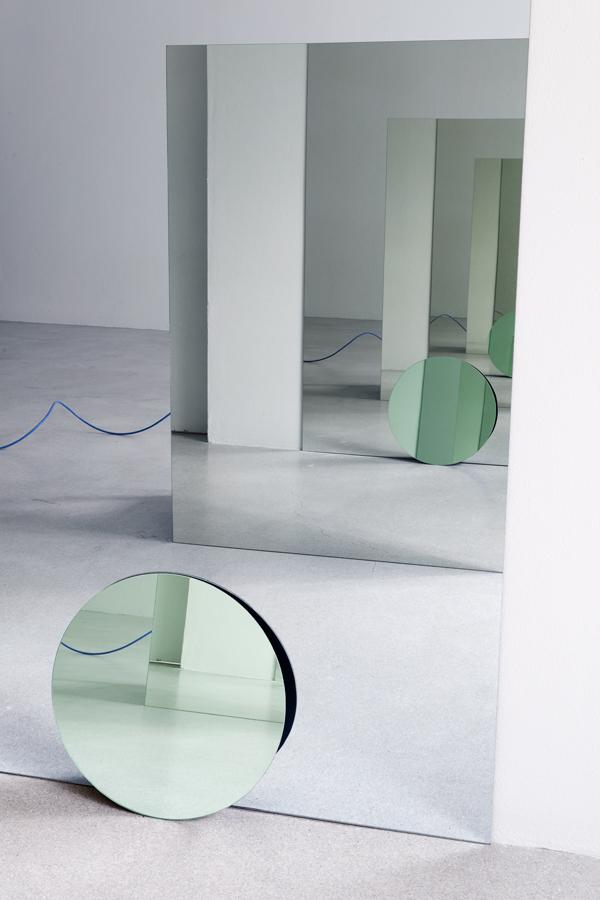 Mirrors 01