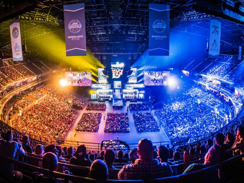 TIME TO PUMP THE BREAK ON ESPORTS?