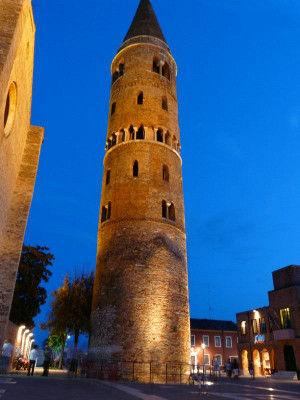 Il campanile di sera