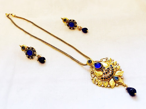 Gold Polki Pendant Set,Indian Jewellery,Diwali Gift,Polki Pendant Set,Eid Gift,Indian Jewellery Set,Bejewelled Bazaar