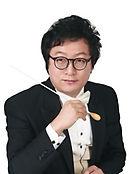 성남시립소년소녀합창단 박위수 지휘자.jpg