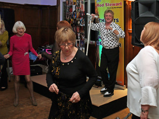ROD STEWART NIGHT GREAT SUCCESS!!
