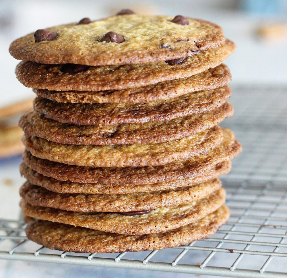 Thin & Crunchy chocolate chip cookie