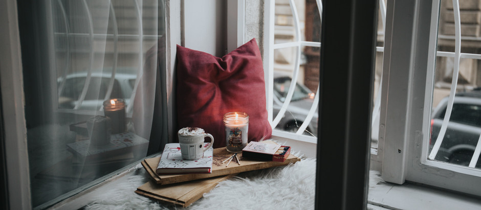 Self Care Sunday: How to Create Your Own Self Care Kit