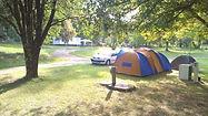 Stellplâtze fûr Zelte, Wohnanhänger und Wohnmobile