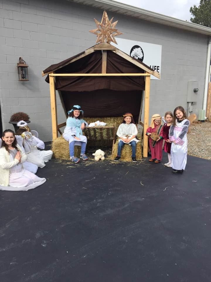 Live Nativity 12/24/17