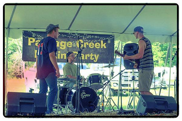 Passage Creek Party. Folk, blues, ska, fusion, rock band.
