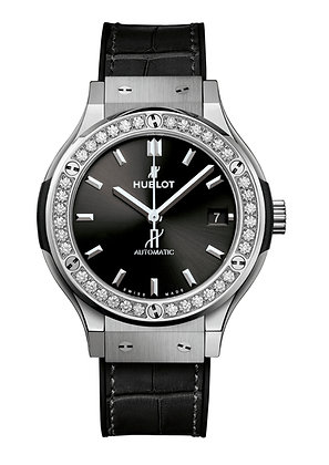 HUBLOT Classic Fusion 38mm with Diamonds
