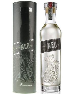 Facundo Neo 8yr White Rum 750ml