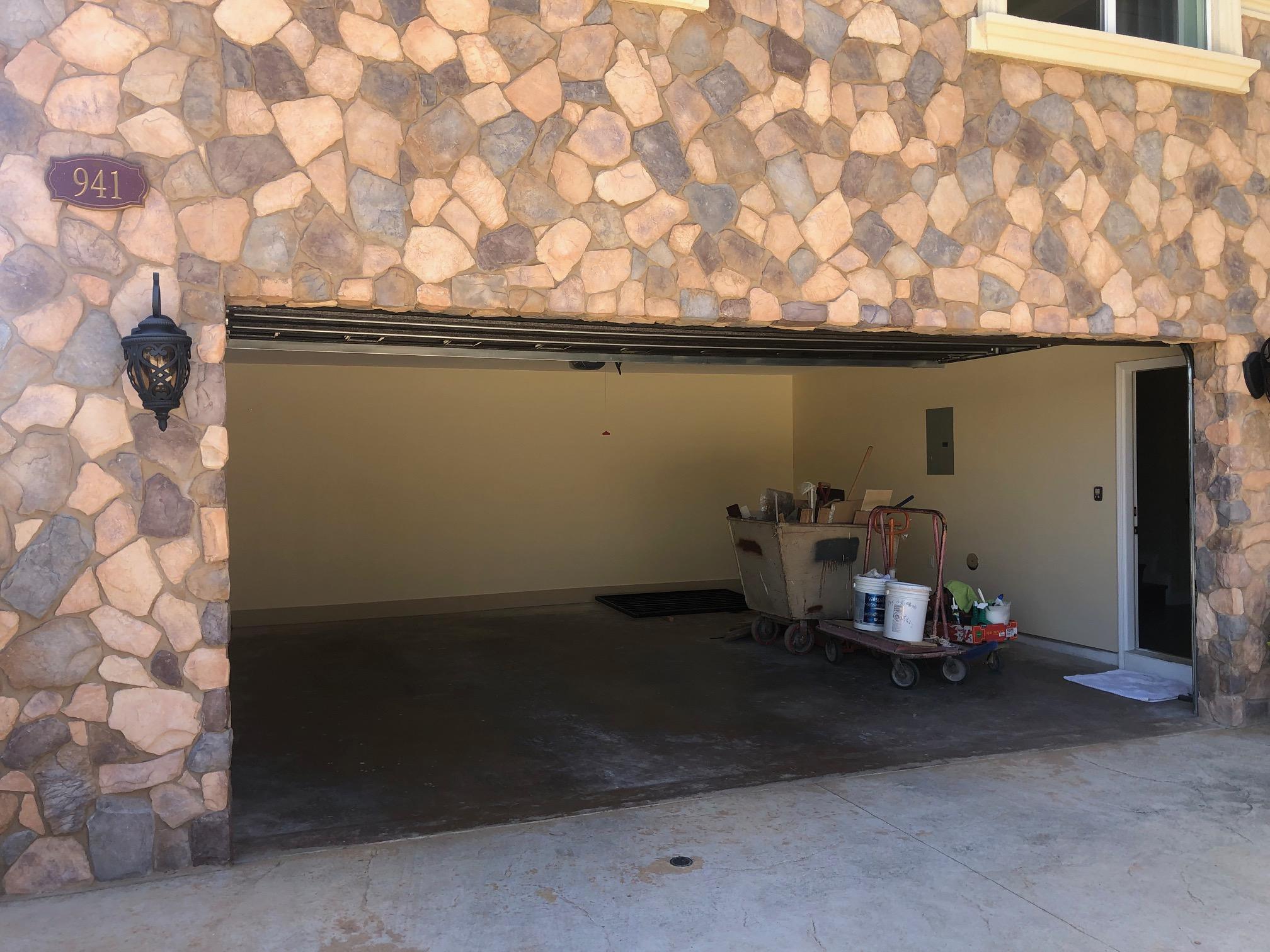 Garage - 1