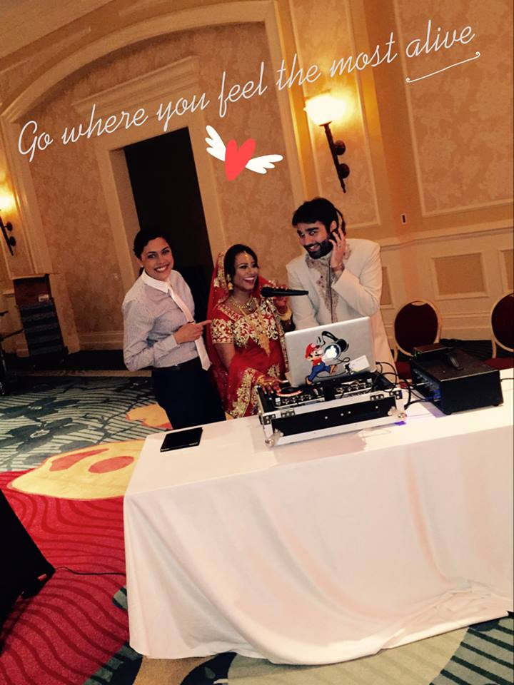 bride and groom mc-ing w/ their dj !