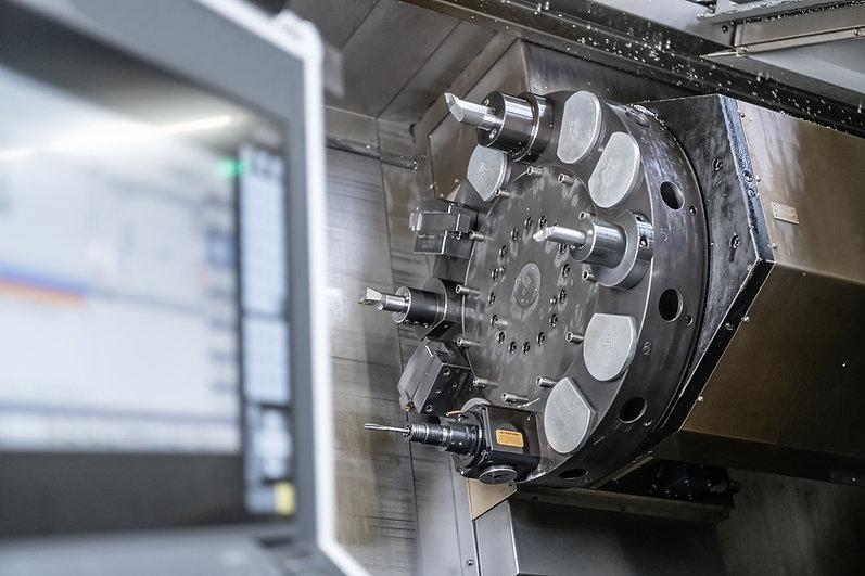 Abrichtwerkzeuge montiert in einer Maschine der Diamant- Gesellschaft Tesch GmbH
