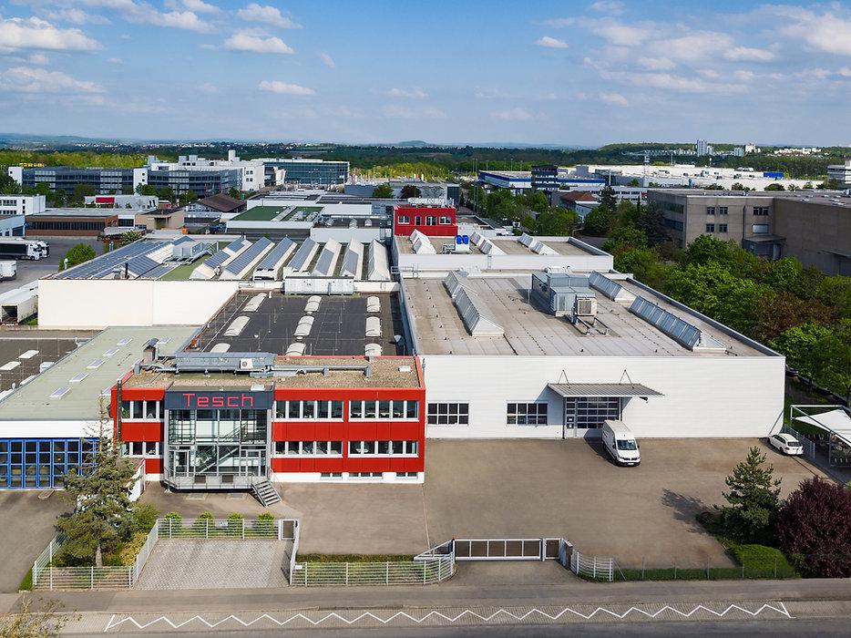 Luftbildaufnahme der Produktionsstätte der Diamant- Gesellschaft Tesch GmbH  in Ludwigsburg frontal