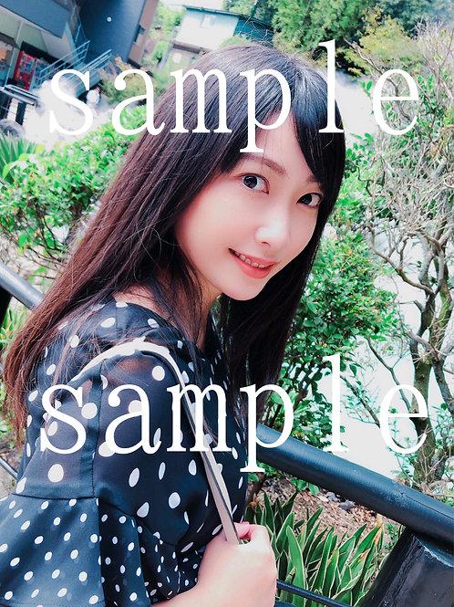 ランダム生写真 (autographed photo)