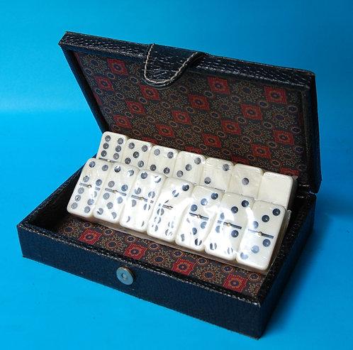 caja domino