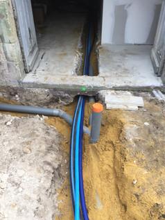 Passage de câble en sous terrain