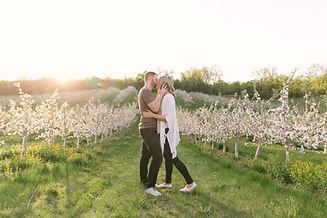 bloom kiss.jpg