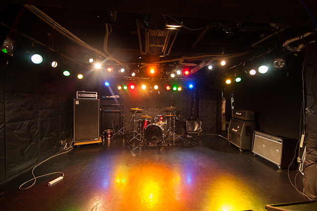 ライブステージ