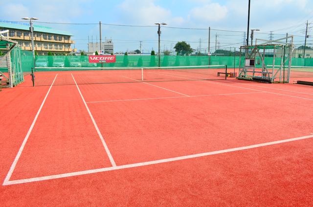 テニスコート赤×赤①