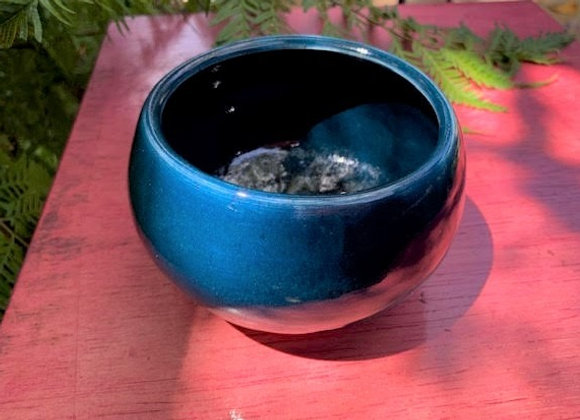 bowl - dark blue / aqua