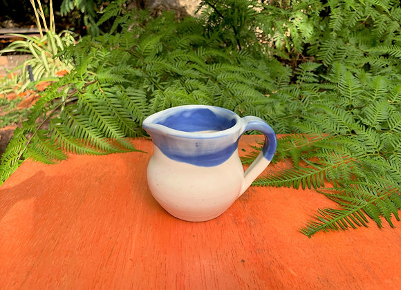 jug - blue and white