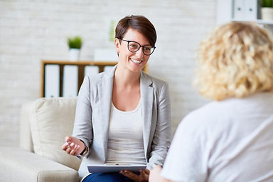 therapist-job-description-photo.jpg