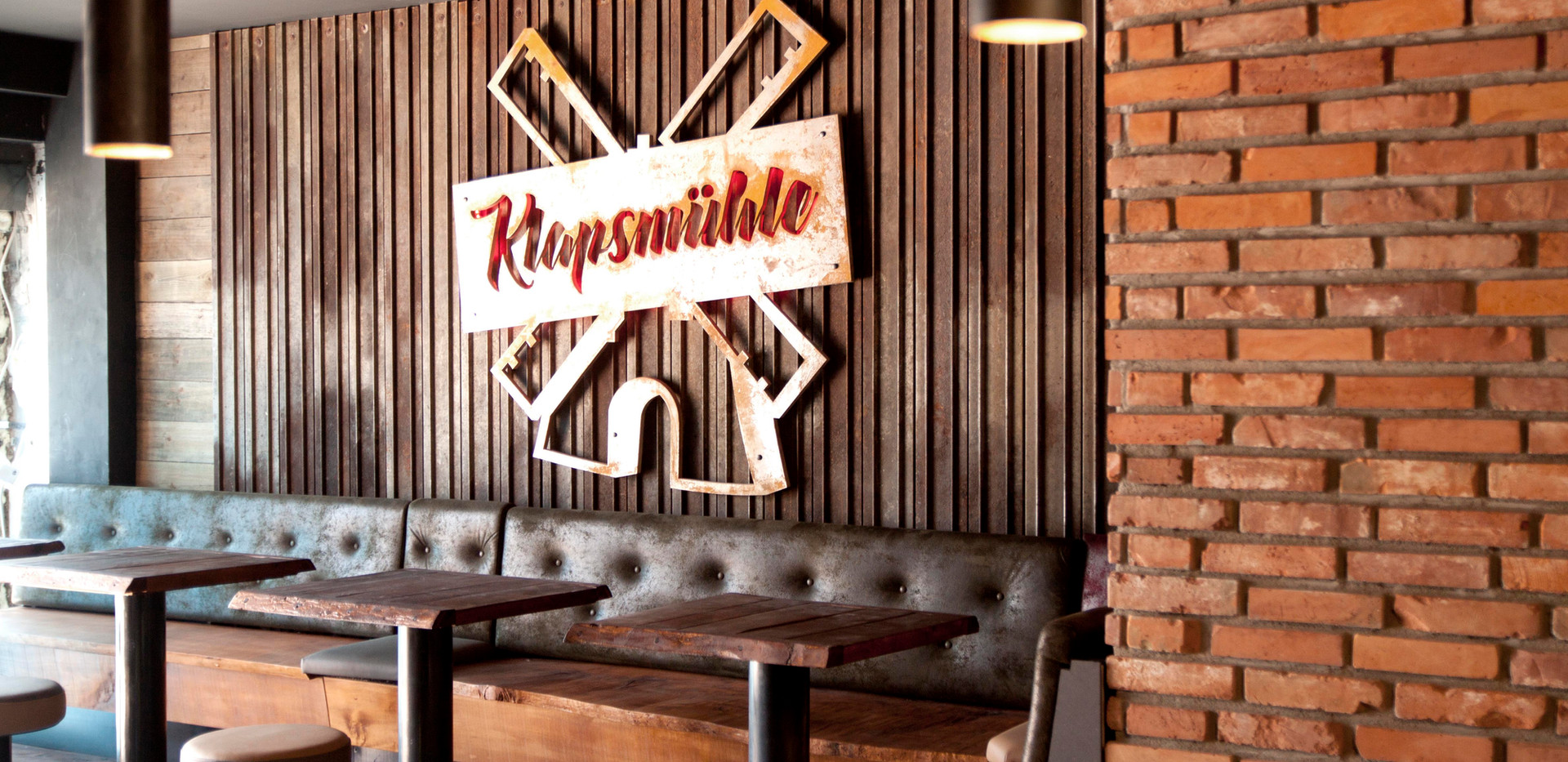Klappsmühle Bar - Hamburg
