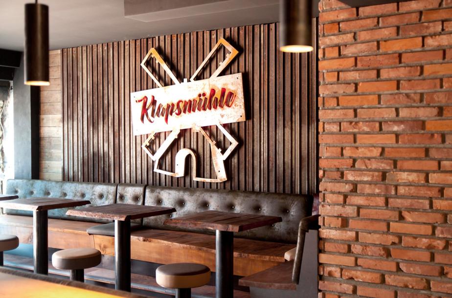 Klappsmühle Bar - Hamburg